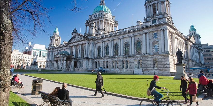 A sunny exterior of Belfast City Hall.