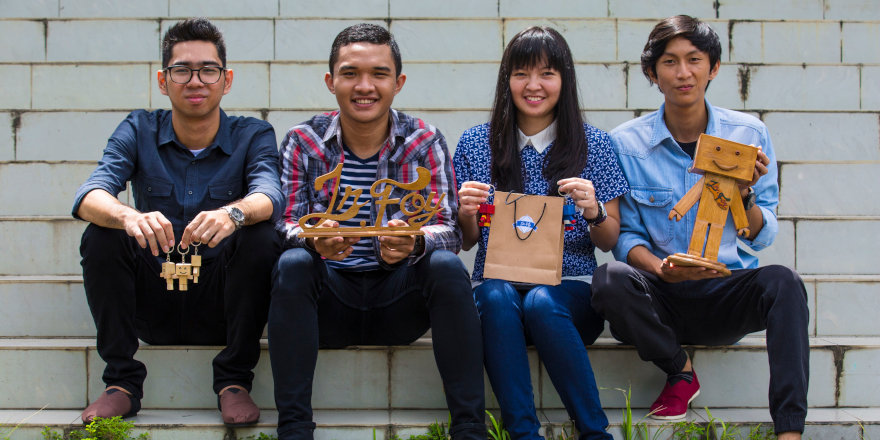 Happy Humber students celebrate their ongoing international experience with custom handicrafts.